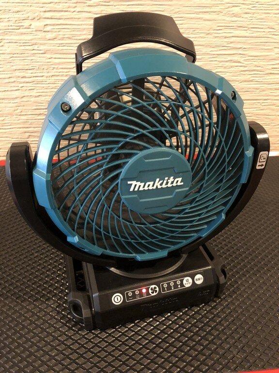 車中泊・キャンプ用扇風機の決定版!マキタ充電式ファン CF102DZ